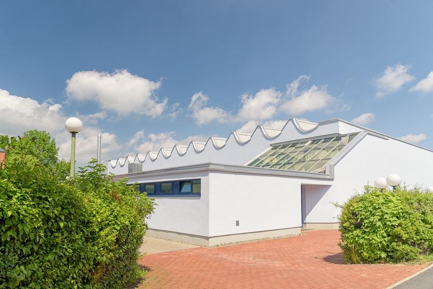 35-sporthalle-weidenberg-post